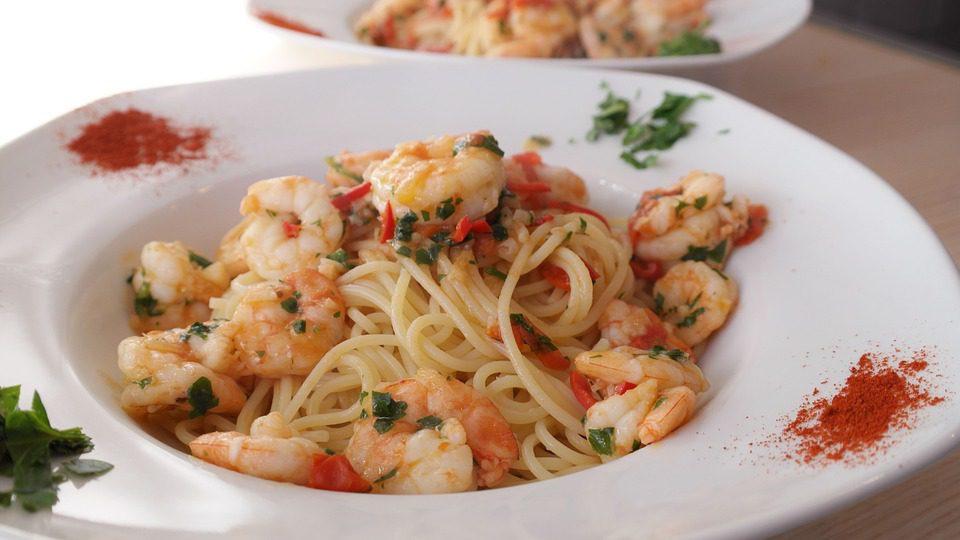 shrimp pasta dish