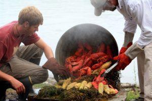 pouring clambake