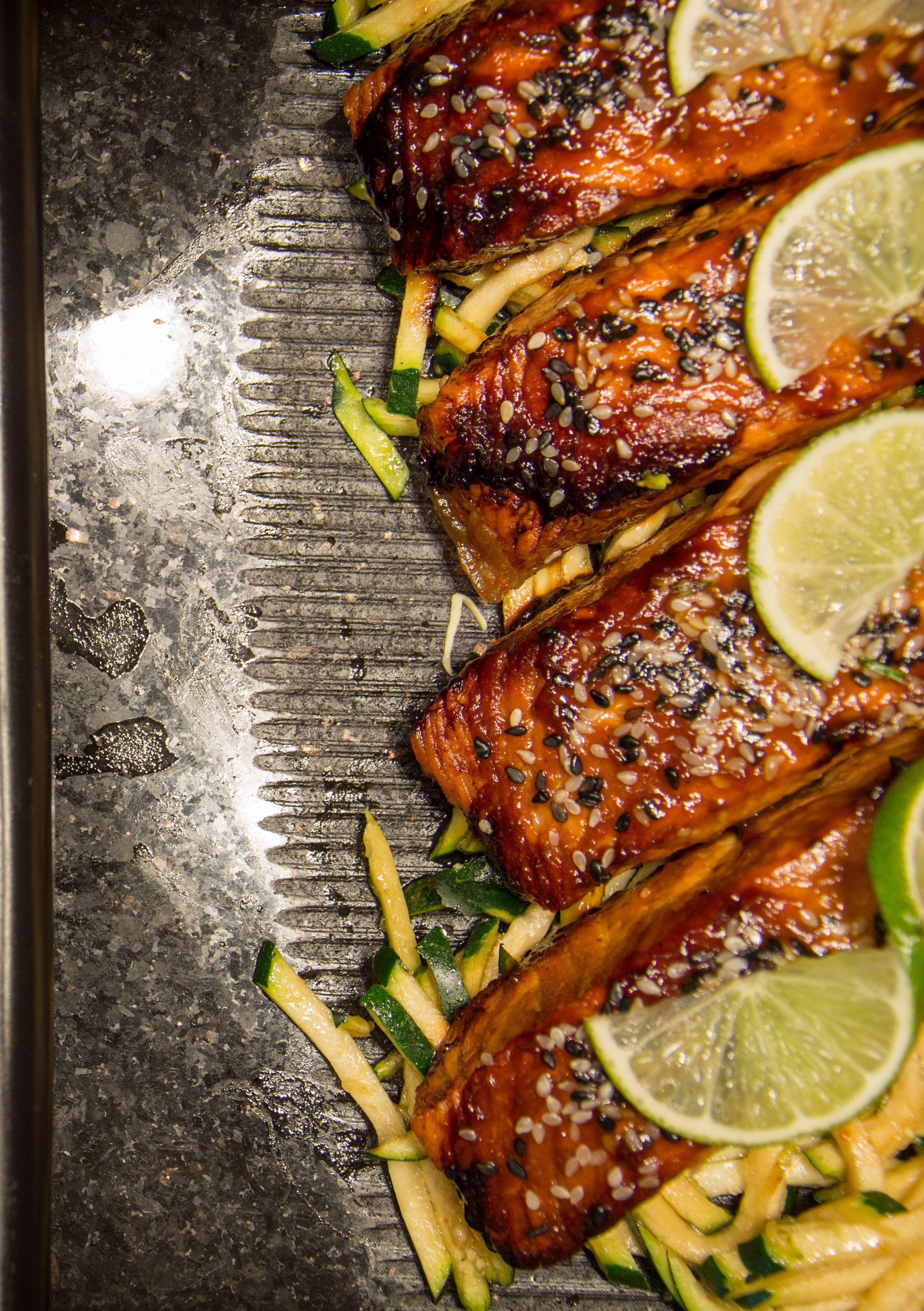seasoned salmon with lime and squash